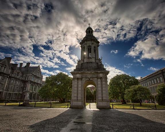 Molesworth Court Suites   Dublin 2   Advance Purchase Rates