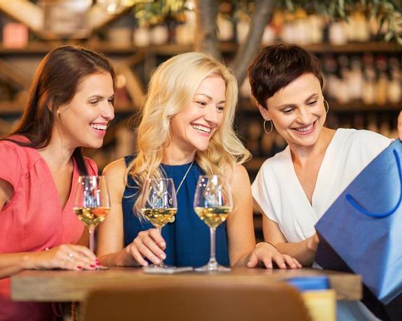 Academy Plaza Hotel | Dublin | Shop, Wine & Dine
