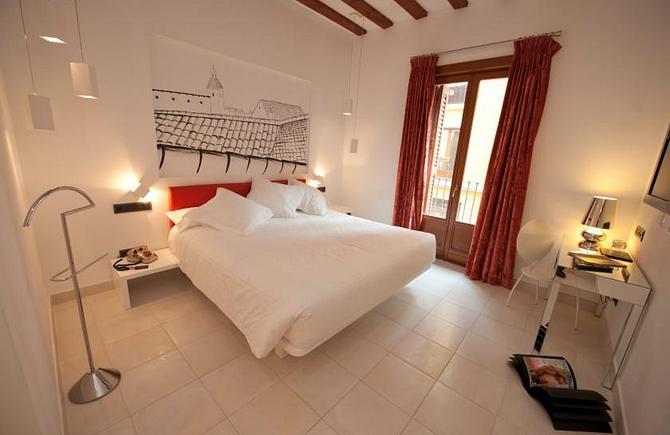 Cava Room