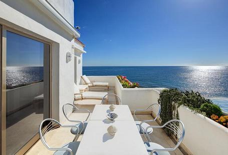 Coral Beach Aparthotel | Marbella, Málaga | ALQUILER LARGA ESTANCIA - INVIERNO