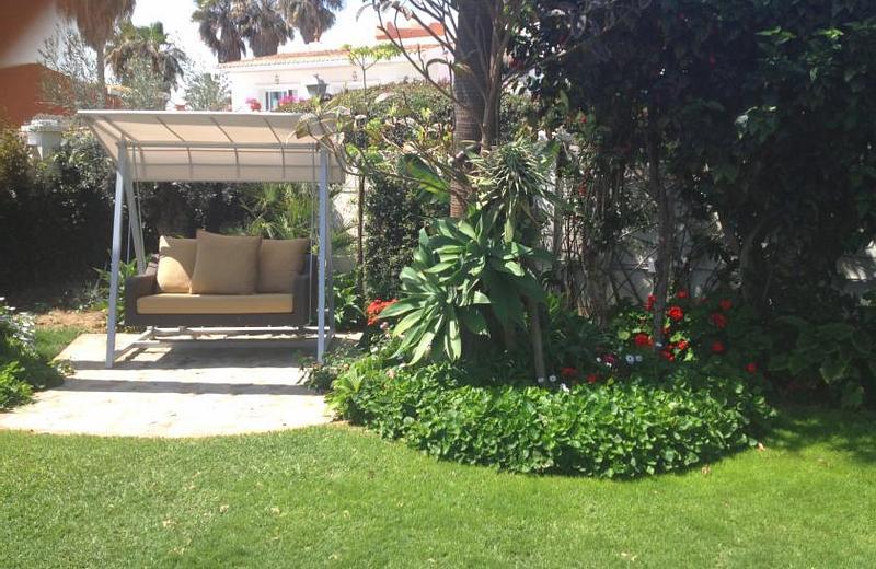 Coral Beach Aparthotel | Marbella, Málaga | Casas de Verano