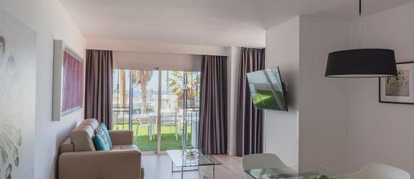 Two Bedroom Premium Apartment with Kitchen
