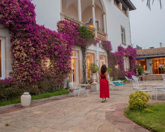 Hotel Roger De Flor By Seleqtta 4 | Lloret de Mar | Long Stay Offer