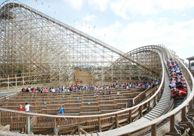 1 Night Break to Tayto Park with Dinner - All Access Tickets