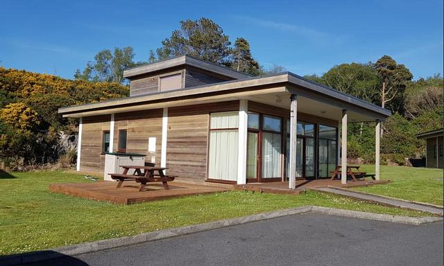 3-Bedroom Detached Superior Lodge
