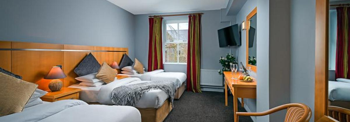 Queens Hotel Ennis | Ennis | Room Only Rates