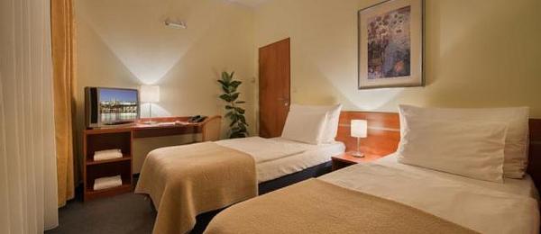 Triple & Multiple Rooms