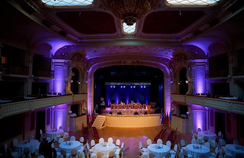 Grandhotel Ambassador Národní Dům | Karlovy Vary 1 | Concert in Orpheum & Stay