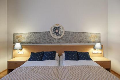 Hotel Tivoli | Prague 2 | Bed & Breakfast Rates