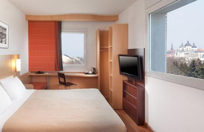 Standard Room with One Double Bed