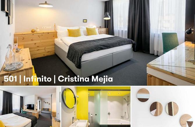 501 – Infinito by Cristina Mejia