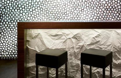 MOODs Boutique hotel | Prague | Zarezervujte si pokoj přes naše stránky a obdržíte 10% slevu na bar!