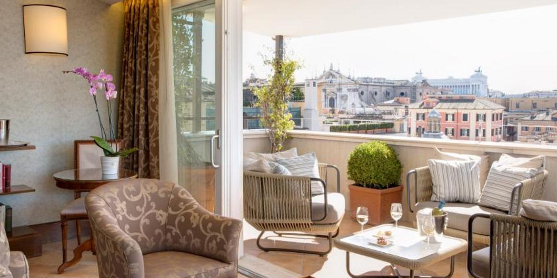 Hotel Nazionale | Rome | Eleganti e Lussuose Suite e Camere Executive nel cuore di Roma