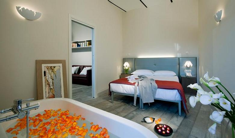 Navona Palace Luxury Inn   Rome   Long Stay Offer
