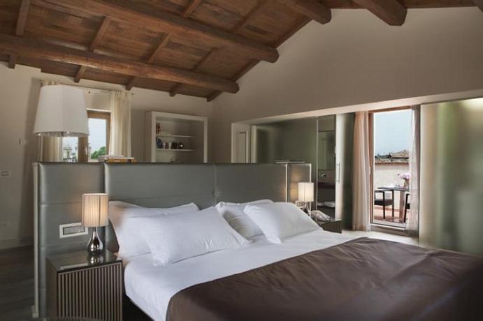 Navona Palace Luxury Inn   Rome   NAVONA SPECIAL