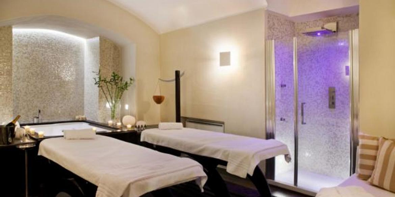Navona Palace Luxury Inn | Rome | Prenota una Superior Suite
