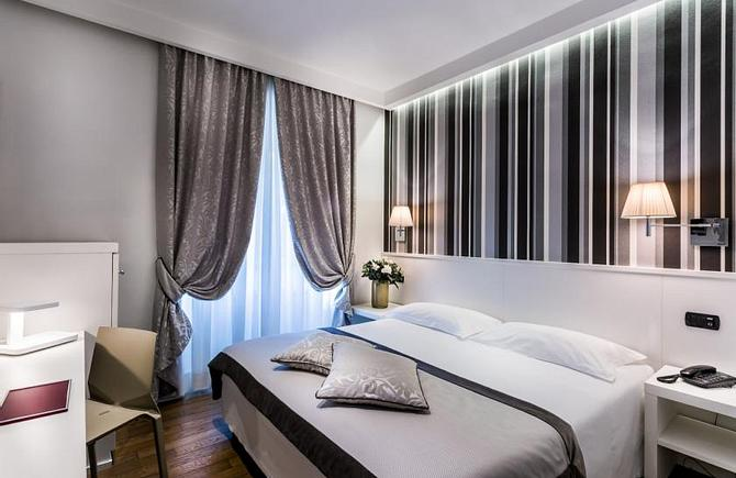 Hotel De Petris | Rome | SPECIAL DISCOUNT ON SUNDAY