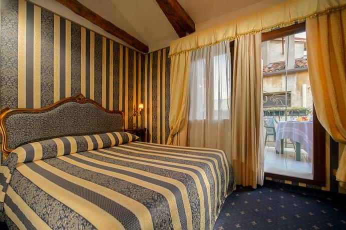 Hotel Centauro | Venice | Book now and Pay in Hotel