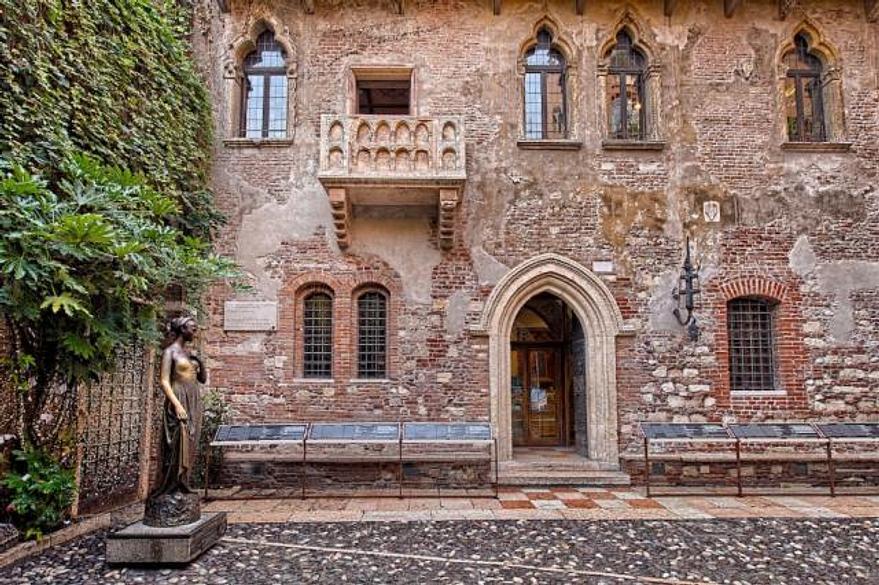 Hotel Valpolicella International | San Pietro in Cariano | TURISTI PER CASA