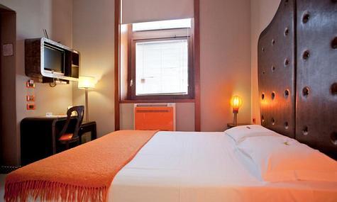 Orange Hotel | Rome | Camera Economy