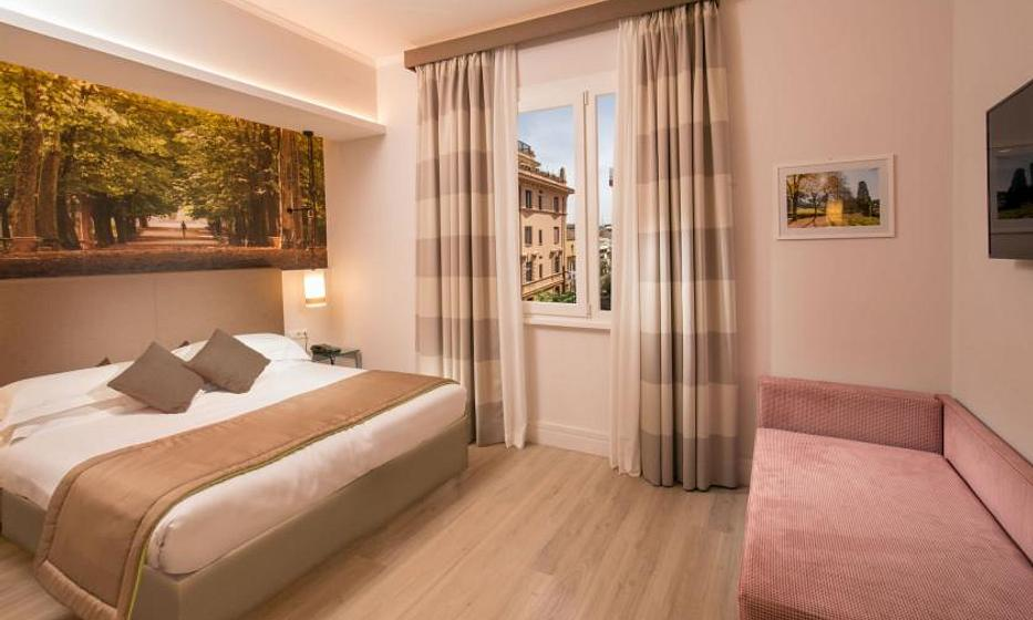 Villa Grazioli Boutique Hotel | Rome | Superior Triple Room