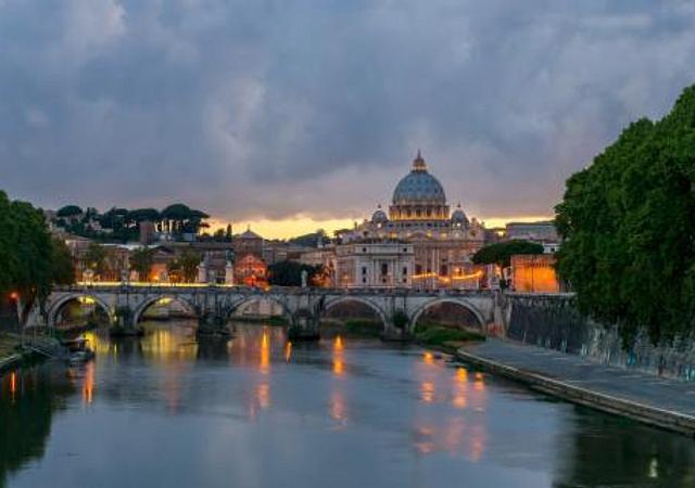 Terrazza Marco Antonio Luxury Suite | Rome | Romantic Package